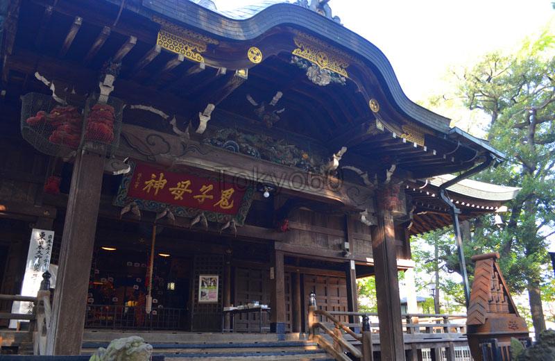 雑司ヶ谷鬼子母神堂拝殿