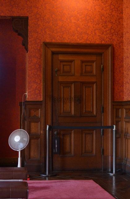 旧岩崎邸洋館の食堂扉