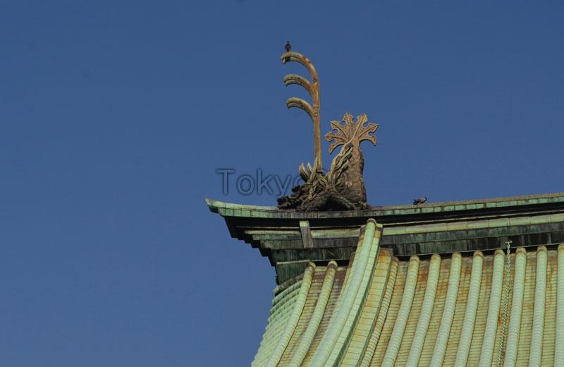 湯島正殿大成殿の屋根の装飾