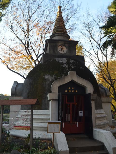 上野公園上野大仏の横にあるパゴダ