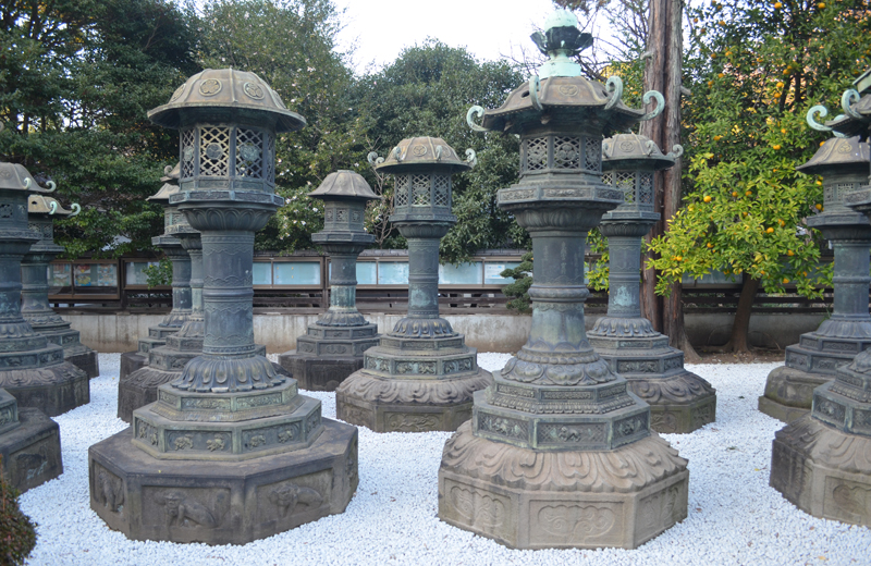 上野東照宮の銀灯籠