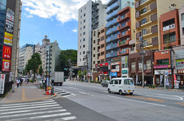 駒込駅から六義園の歩く道