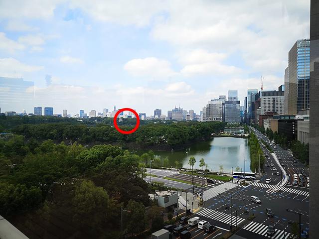 東京ミッドタウン日比谷の屋上庭園から皇居前広場